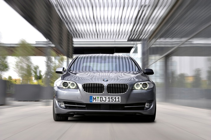 550i_front